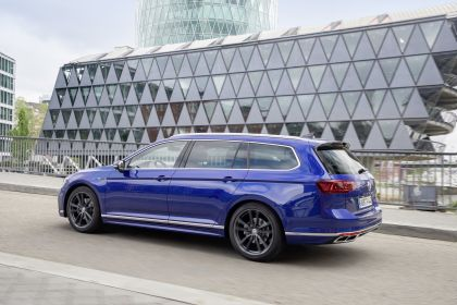 2020 Volkswagen Passat variant R-Line 30