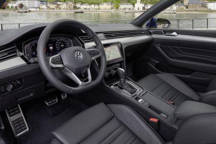 2020 Volkswagen Passat variant R-Line 45