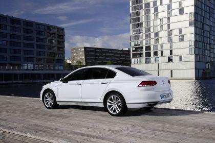 2020 Volkswagen Passat GTE 9
