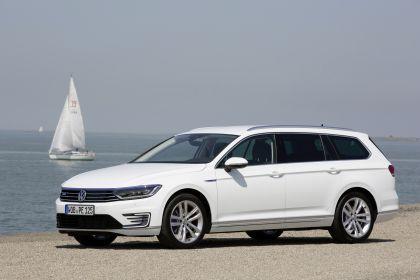 2020 Volkswagen Passat variant GTE 4