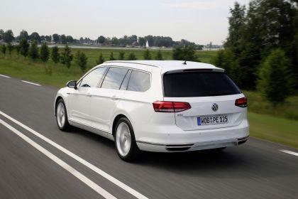 2020 Volkswagen Passat variant GTE 6