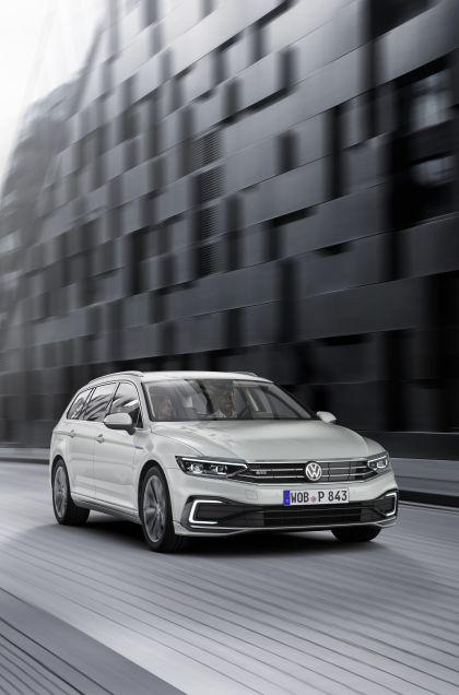 2020 Volkswagen Passat variant GTE 7