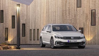 2020 Volkswagen Passat variant GTE 10