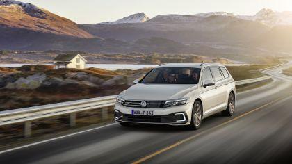 2020 Volkswagen Passat variant GTE 12