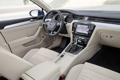 2020 Volkswagen Passat variant GTE 14