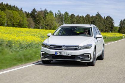 2020 Volkswagen Passat variant GTE 32
