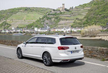2020 Volkswagen Passat variant GTE 37