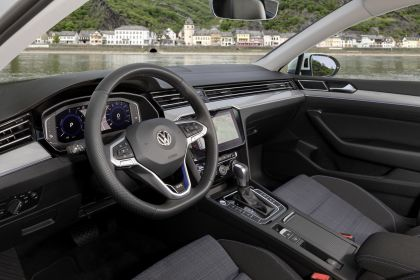 2020 Volkswagen Passat variant GTE 43