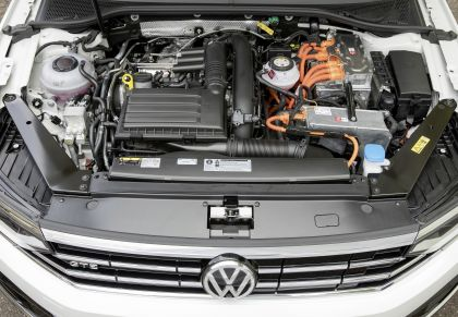 2020 Volkswagen Passat variant GTE 44