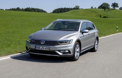 2020 Volkswagen Passat Alltrack 10