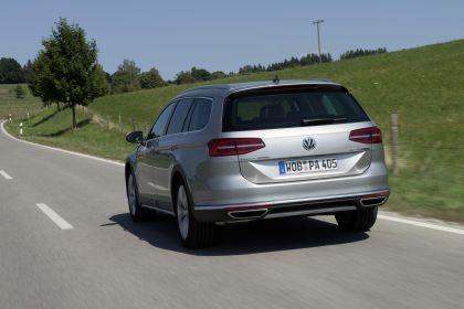 2020 Volkswagen Passat Alltrack 11