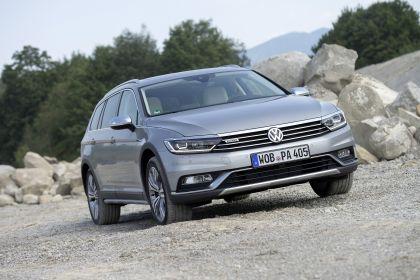 2020 Volkswagen Passat Alltrack 13