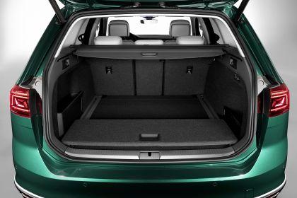 2020 Volkswagen Passat Alltrack 19