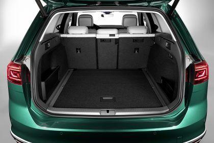 2020 Volkswagen Passat Alltrack 23