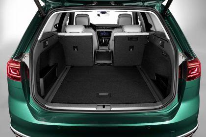 2020 Volkswagen Passat Alltrack 24