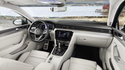2020 Volkswagen Passat Alltrack 32