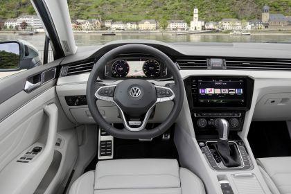 2020 Volkswagen Passat Alltrack 38
