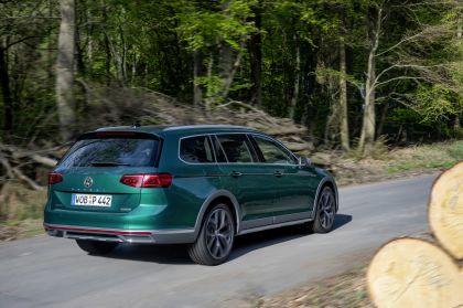2020 Volkswagen Passat Alltrack 47