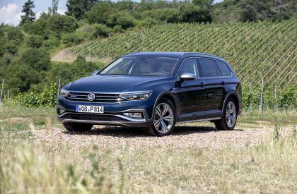 2020 Volkswagen Passat Alltrack 82