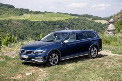 2020 Volkswagen Passat Alltrack 84