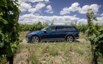 2020 Volkswagen Passat Alltrack 87