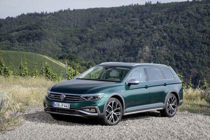 2020 Volkswagen Passat Alltrack 97