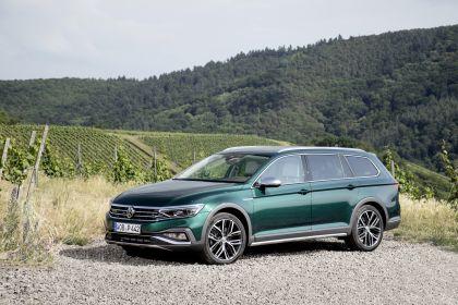 2020 Volkswagen Passat Alltrack 98