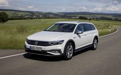 2020 Volkswagen Passat Alltrack 120