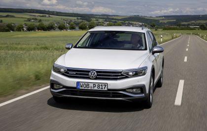 2020 Volkswagen Passat Alltrack 121