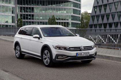 2020 Volkswagen Passat Alltrack 126