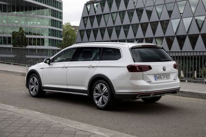 2020 Volkswagen Passat Alltrack 127