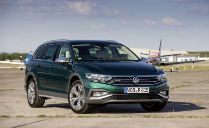 2020 Volkswagen Passat Alltrack 128