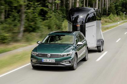 2020 Volkswagen Passat Alltrack 136