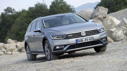 2020 Volkswagen Passat Alltrack 3