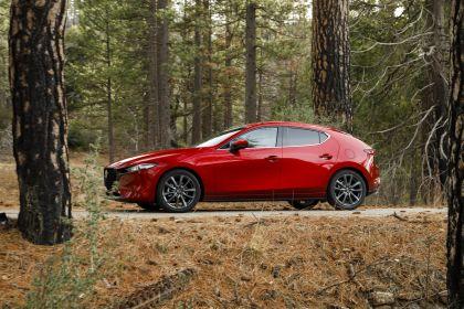 2019 Mazda 3 hatchback - USA version 8
