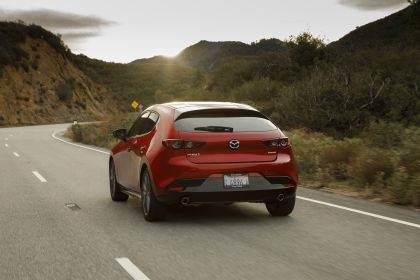 2019 Mazda 3 hatchback - USA version 26