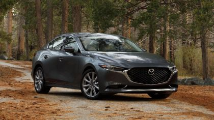 2019 Mazda 3 sedan - USA version 5