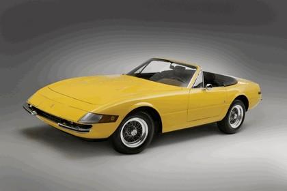 1971 Ferrari 365 GTB-4 spider 1