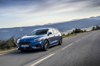 2020 Ford Focus ST 12