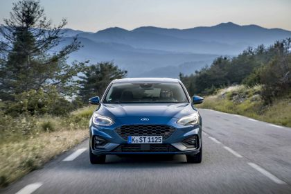 2020 Ford Focus ST 14