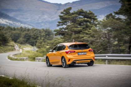 2020 Ford Focus ST 37