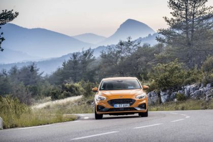2020 Ford Focus ST 38