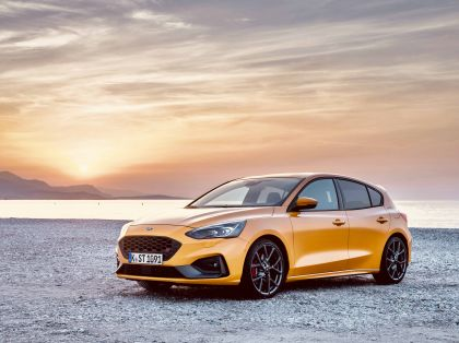 2020 Ford Focus ST 39
