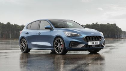 2020 Ford Focus ST 4