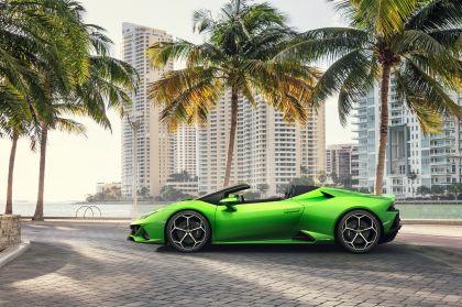 2019 Lamborghini Huracán evo spyder 20