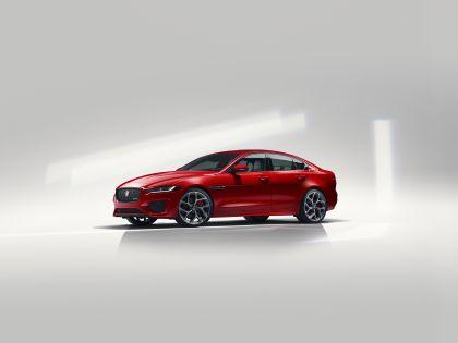 2020 Jaguar XE 4