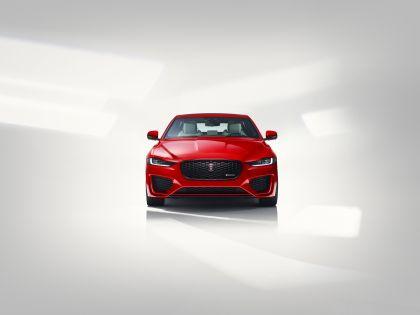 2020 Jaguar XE 6