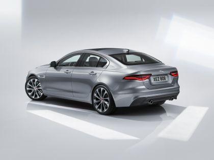 2020 Jaguar XE 14