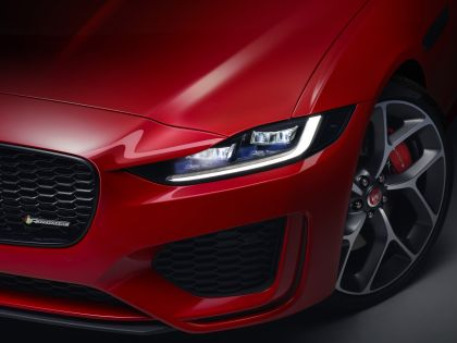 2020 Jaguar XE 16