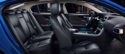2020 Jaguar XE 39